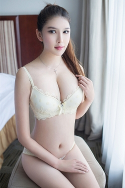 Escort  Lori from Tottenham Ct Road